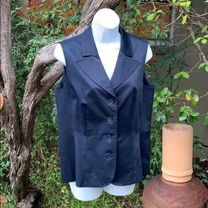 Woman's Fitted Talbots Vest Black Size 12